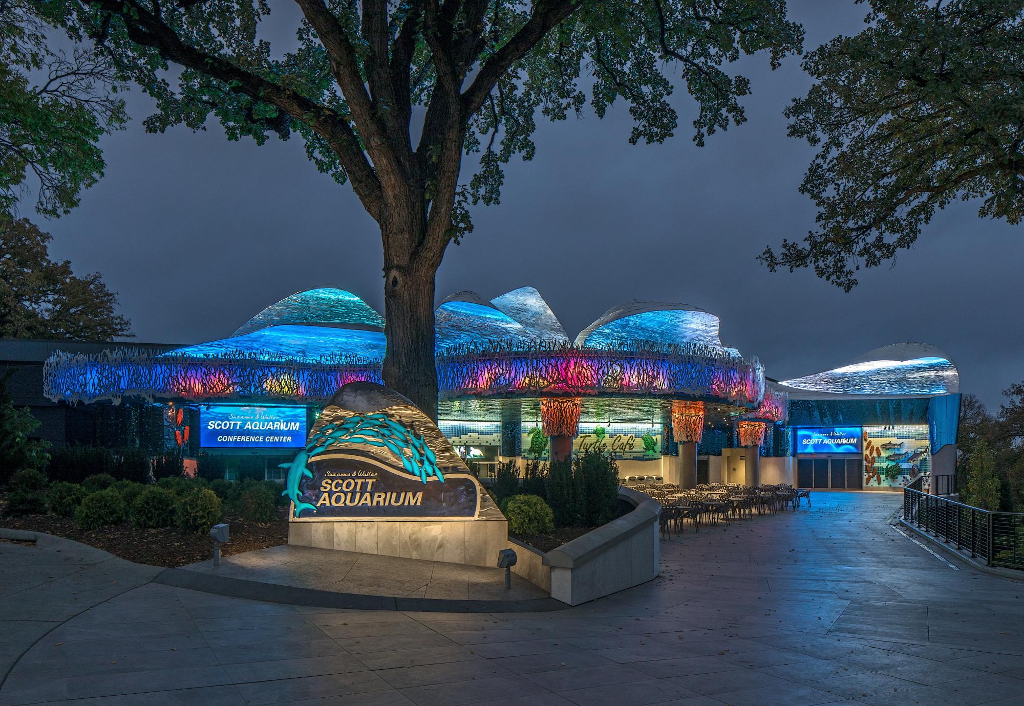 Omaha's Henry Doorly Zoo and Aquarium - Aquarium Facade Renovation